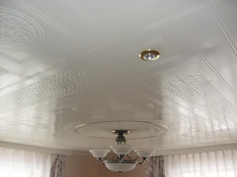 Потолок ручной работы
